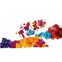 """La scatola """"costruisci quello che vuoi"""" della Regina Wello Ke Wuoglio! - The Lego Movie 2 70825"""